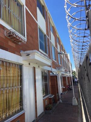 Vendo Casa En Barrio Tintal - Conjunto Los Cerezos
