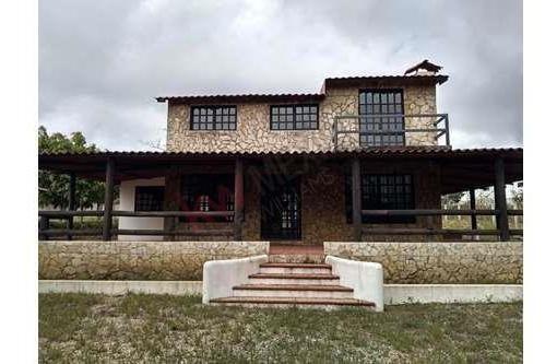 Cabaña En Venta En Fraccionamiento Los Olivos, Berriozábal