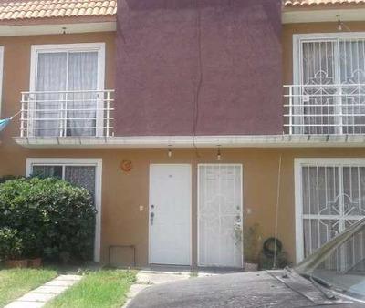 Casa En Renta En San Lorenzo Tetlixtac