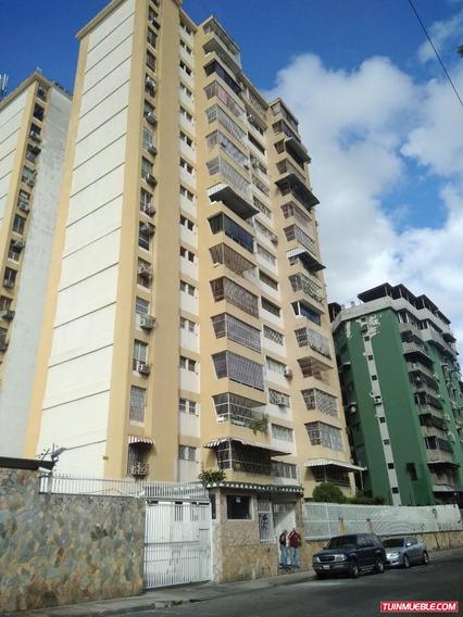 Apartamentos En Venta Urb La Esperanza 04125317336