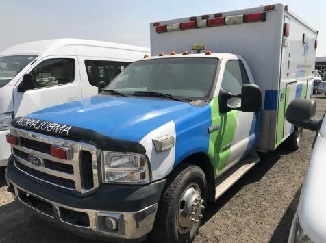 Ambulancia Ford F-350 2006