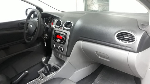 Imagem 1 de 9 de Ford Focus