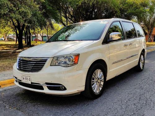 Imagen 1 de 15 de 2011  Chrysler  Town & Country Limited
