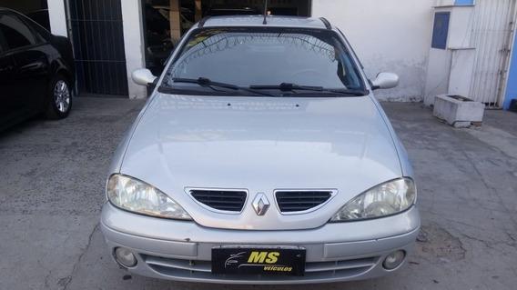 Megane Sedan Rxe 2.0 Ano 2001