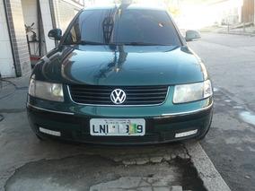 Volkswagen Passat 1.8 4p 2000