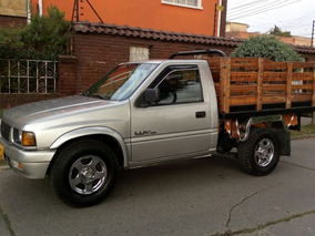 Chevrolet Luv 2300 Estacas.