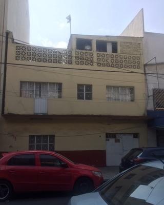 Funcional Edificio Con 3 Departamentos (con Bodegas)