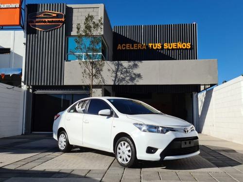 Toyota Yaris Core 1.5l V4 107hp Mt 2017
