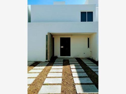 Casa Sola En Renta Mision San Joaquin