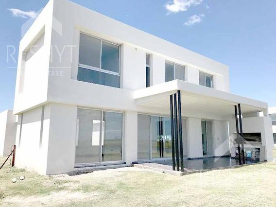 Espectacular Casa Diseño Moderno!! Muelles - Puertos - Escobar!!