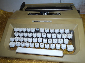 Maguina De Escrever Antiga /olivetti/letera 25/leia C/atença