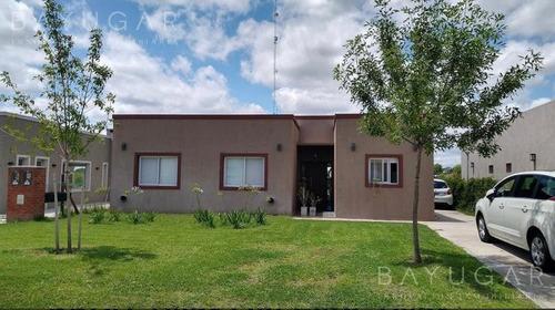 Venta - Casa En Pilar Del Este - Bayugar Negocios Inmobiliarios