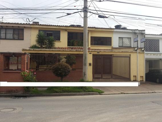 Arriendo Casa Comercial En Las Villas