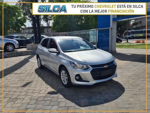 Chevrolet Onix Lt 2021 Gris Plata 0km
