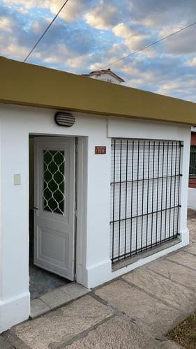 Casa En Alquiler. Villa Carlos Paz.