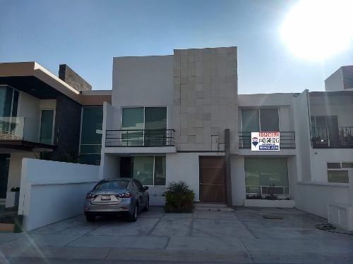 Casa En Venta En Lomas De Juriquilla. Rcv190213-jl