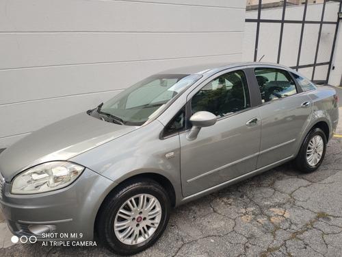 Fiat Linea 2011 1.8 16v Hlx Flex Dualogic 4p