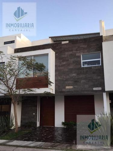 Casa - Fraccionamiento Solares