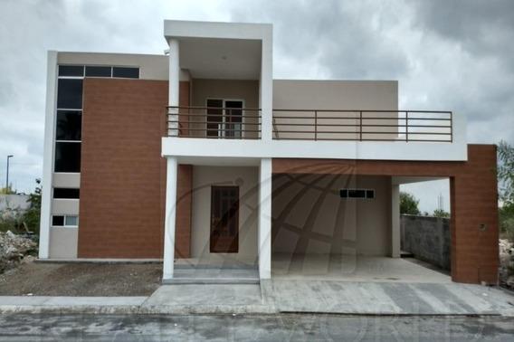 Casas En Venta En Portal Del Norte, General Zuazua
