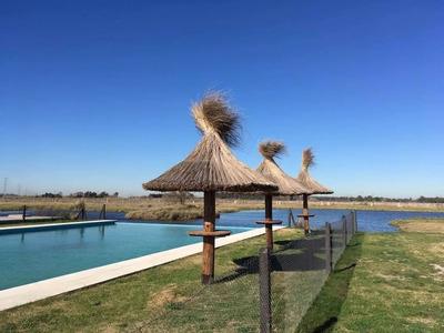 Excelente Lote En Barrio Privado Laguna Azul