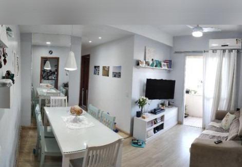 Apartamento De 2 Quartos, Cozinha Com Armários, Sol Da Manhã Em Jardim Camburi - 2478