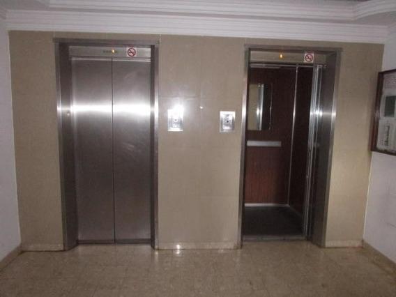 Apartamento En C2 Luis Infante Mls #20-6724