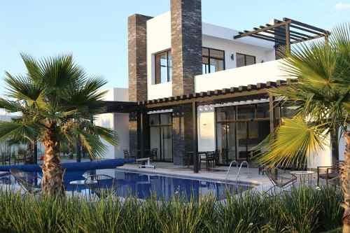 Preciosa Casa En Fraccionamiento Dentro De Sakia Arenza