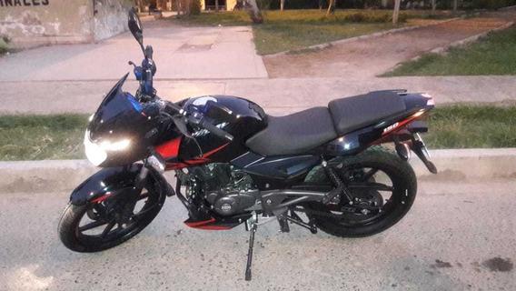 Moto Pulsar 150 R - Bajaj