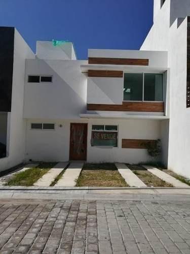 Casa En Venta En Fraccionamiento La Calera Puebla Puebla