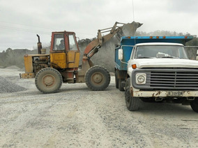 Ford F7000 1982