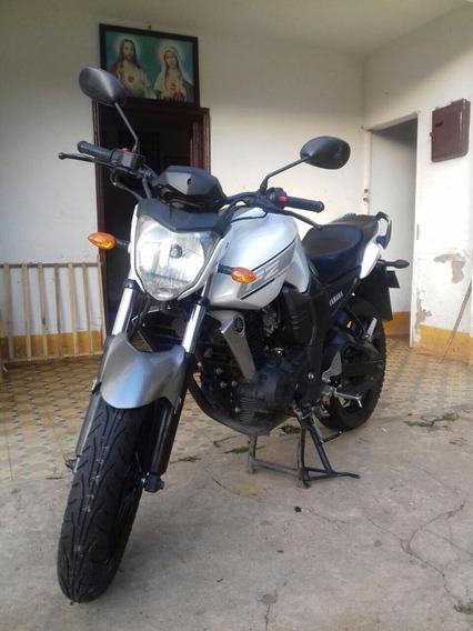 Yamha Fz16 Blanco Gris