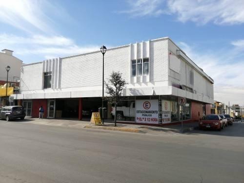 Local Muy Céntrico, En Av. Principal, En Esquina, Con Acceso Por Las 2 Calles.