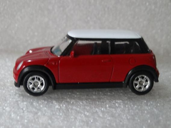 Mini Cooper Vermelho E Branco - Welly Esc Aprox 1:64 Loose