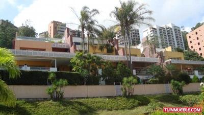 Townhouses En Los Naranjos. Código # 471.