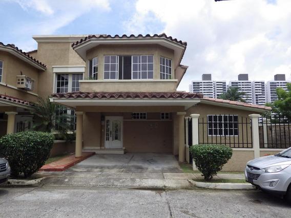 Vendo Casa En Ph Dorado Lake, Condado Del Rey 19-9958**gg**