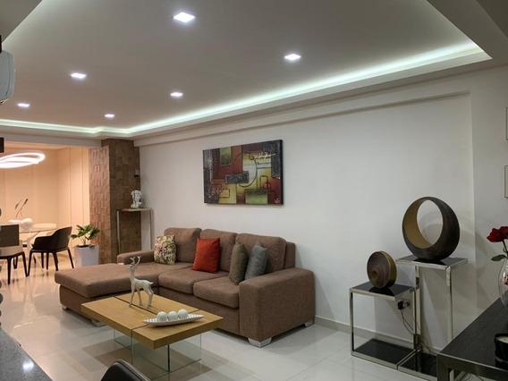 Apartamentos En Venta / Jessika Cedeño 04121368338
