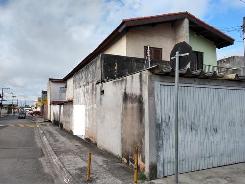 Sobrado À Venda 3 Dormitórios 2 Vagas Vila Figueira Sb-0024