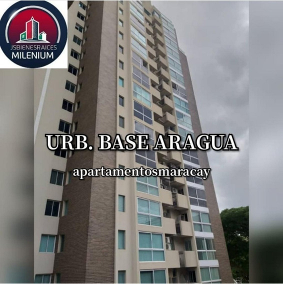 Apartamento En Venta Urb. Base Aragua 04145624656