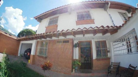 Casa En Alquiler. La Trinidad Mls #20-24557