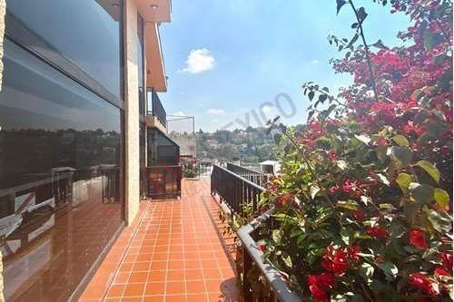 Casa En Venta Fuente De La Emperatriz (privada) En Lomas De Tecamachalco $11,450,000.00