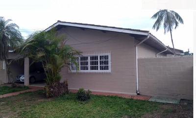 Casa Ubatuba Itaguá 3 Dorms - 10 Pessoas
