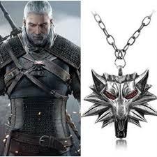 Colar Medalhão The Witcher 3 Pingente Cabeça Lobo Red Eyes