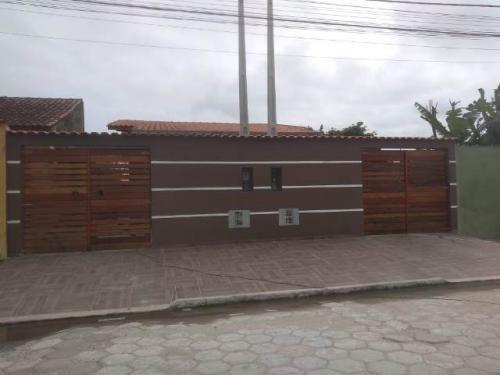 Imagem 1 de 13 de Casa Com Acesso Asfaltado Na Cidade De Itanhaém - 7387 A.c.m