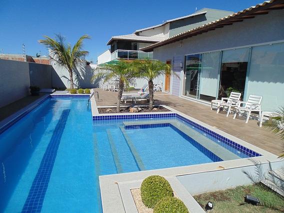 Casa Em Cabo Frio Com Lazer Completo, Excelente Decoração Em Uma Localização Próximo De Shopping - 1572