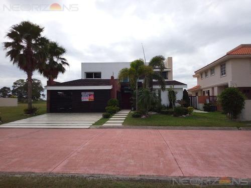 Venta De Casa En Fraccionamiento Lagunas De Miralta, Altamira