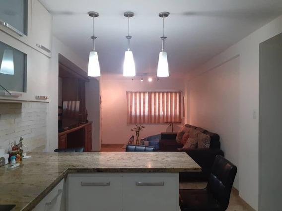 Apartamento En Venta Cecilio Acosta. Oa