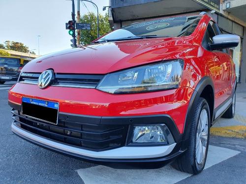 Volkswagen Suran Cross 1.6 Año 2017 Color Rojo As Automobili
