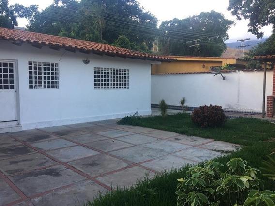 Alquilo Casa En La Urbanización Cantarrana Las Delicias