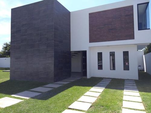 Imagen 1 de 28 de ¡¡¡aplicaaaa Tu Credito!!! Casa Con Alberca Y Amplio Jardín