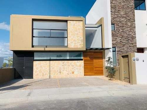 Casa Nueva En Zibata, 3 Recamaras, Hermosos Acabados De Lujo